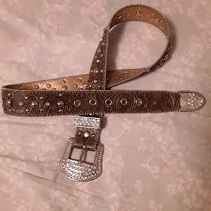 Kathy Van Zeeland Studded Belt-End to End Size 39